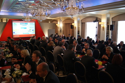 A Meeting of Minds Bank and Brand Distribution of Retail Financial Services - April 2017